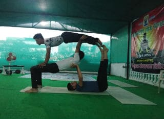 best Yoga Teacher Training Course in Rishikesh